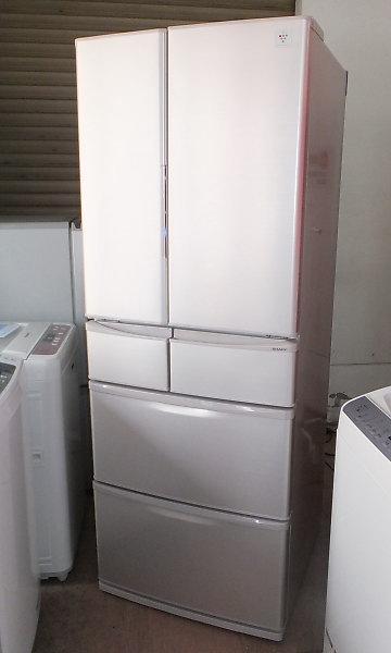 買取商品の6ドアプラズマクラスター冷蔵庫